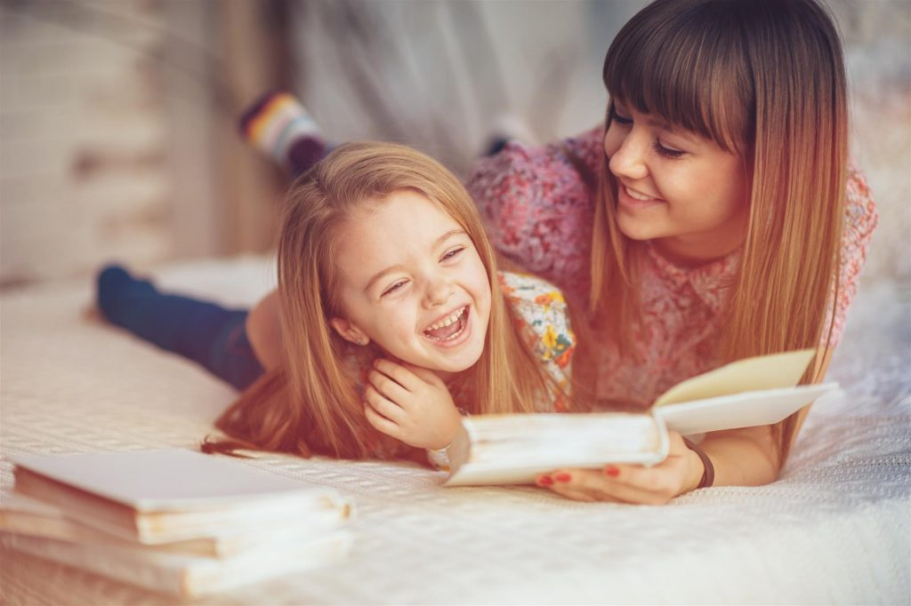 mom and child read book